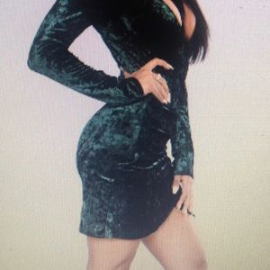 FashionNova green crush velvet Riya dress